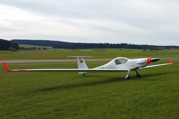 Motor gliders